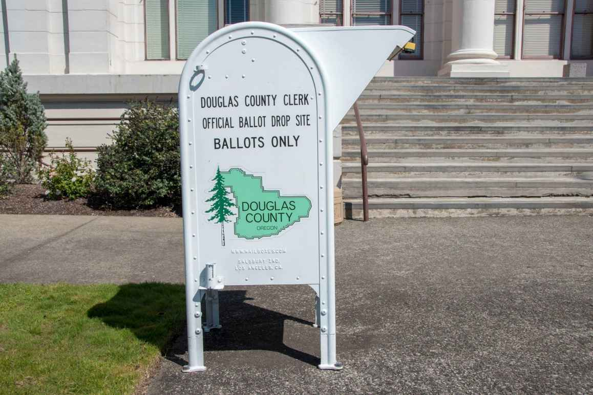 ballot drop box in douglas county